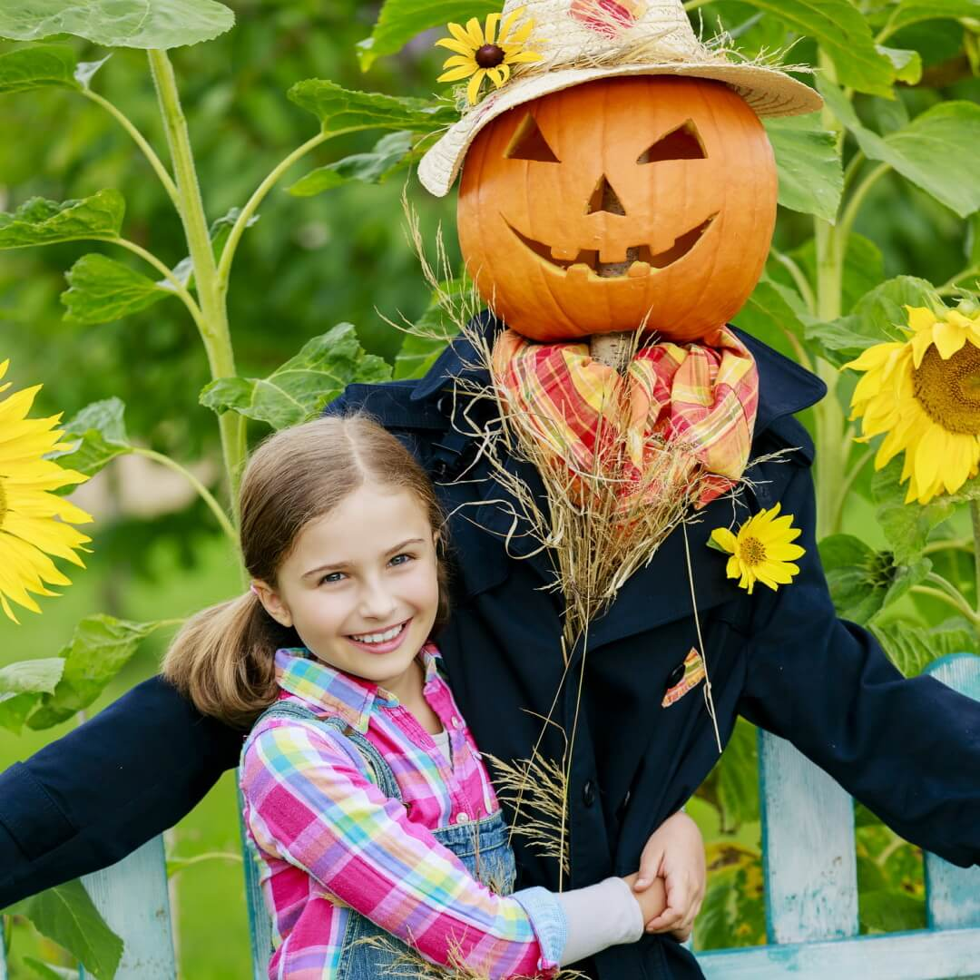 Fall Guide: Scarecrow at Fall Harvest