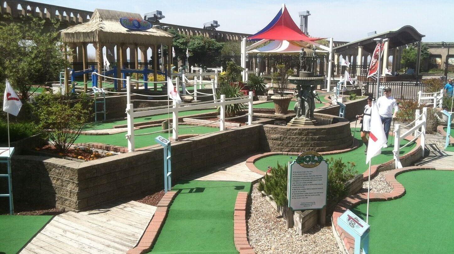 multi level mini golf course