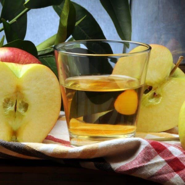 Ma'xemen-mahpe Jus de pomme Succo di mela Apfelsaft blemost Omenamehu Elma suyu Jugo de manzana Apple juice Sidro Cider Apfelschaumwein Sidra Cidre Cydr
