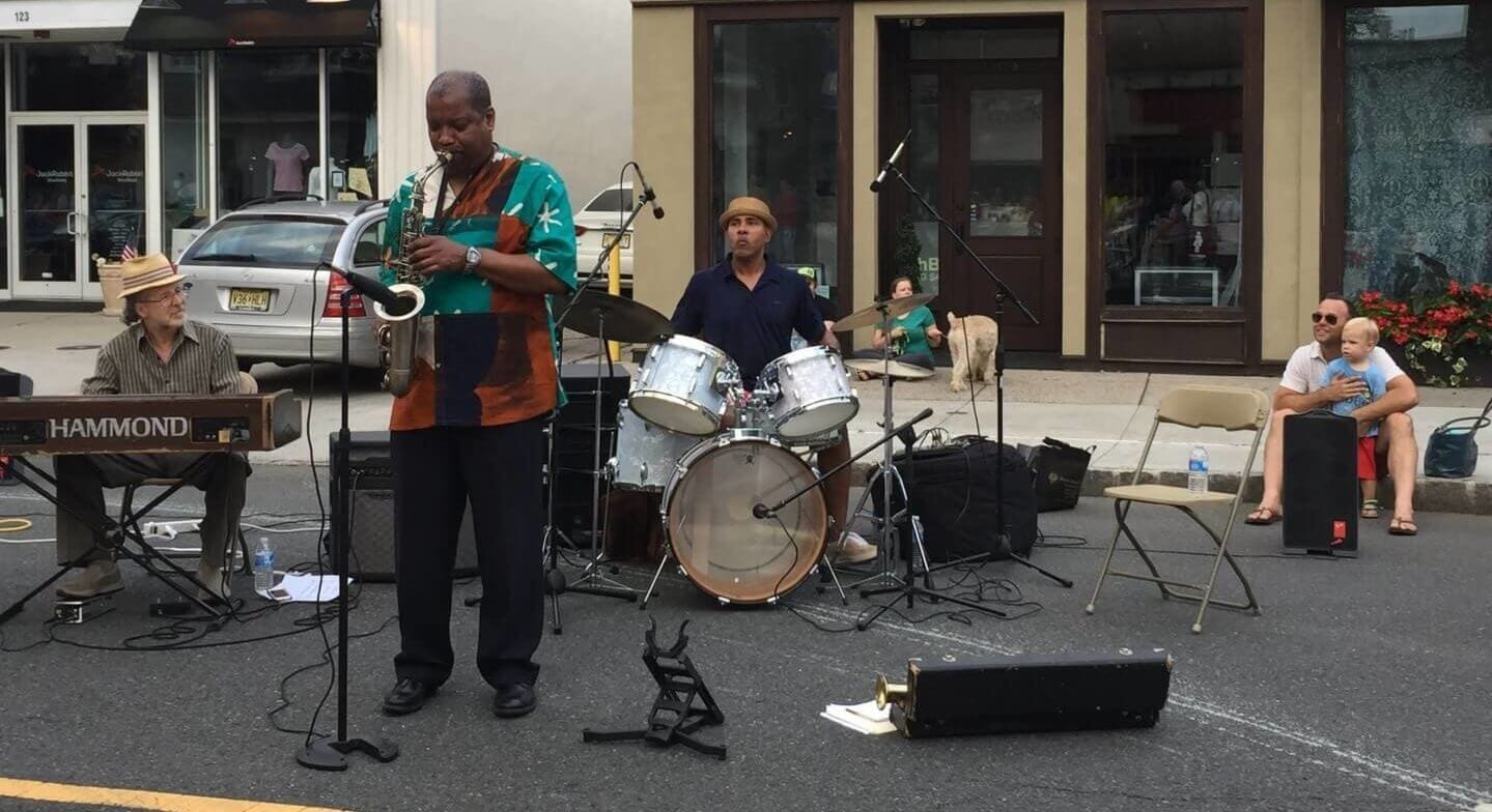 jazz band playing on street