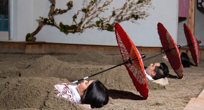 SoJo Spa Club Volcanic Sand Bath treatment