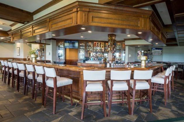 Crystal Tavern Interior Photo, an American Restaurant in Hamburg, NJ