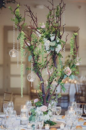 A Touch of Elegance Centerpiece Design