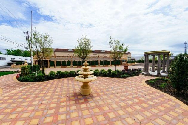 Park Villa Outdoor Fountain