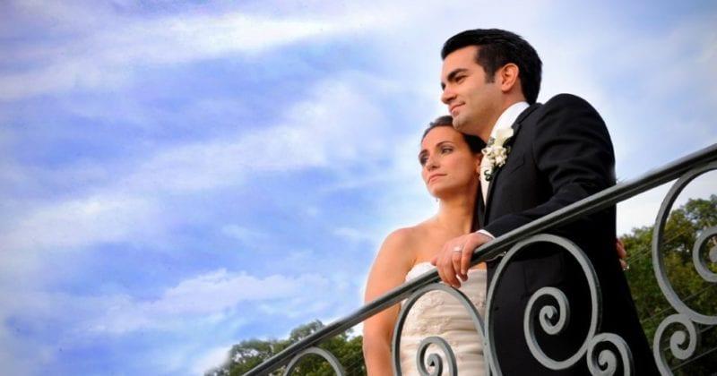 Jessica Lauren Photography Bride and Groom on balcony
