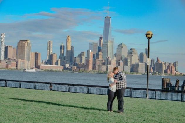 Jessica Lauren Photography Couple City Skyline